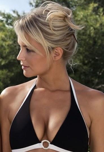 virginie efira bikini noir