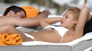 Jessica alba bikini blanc